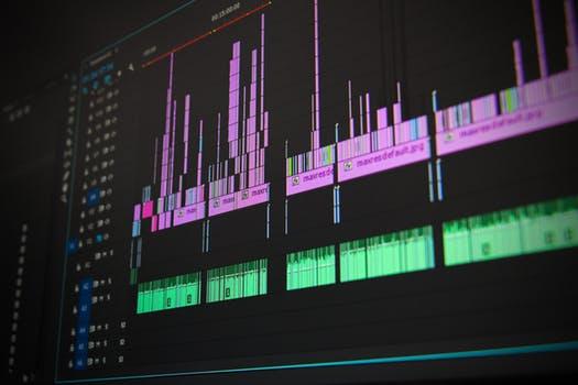 Screen of the DJ mixer